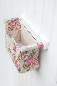 Shabby chic furniture pink rose bedroom wall hanging organizer with fabric pocket, rose pattern fabric, magazine holder, entryway organizer, Bedroom Crafts, Diy Home Crafts, Rose Bedroom, Bedroom Wall, Home Room Design, Bathroom Interior Design, Formation Couture, Entryway Organization, Hanging Organizer