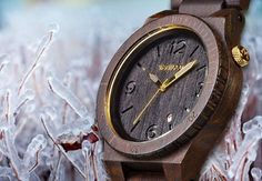 Item of the Day: WeWood - Accessories Magazine Black And Gold Watch, Black Gold, Woodworking Wood, Trees To Plant, Wood Watch, Fashion Watches, Fashion Accessories, Day, Jewelry