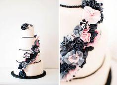 Black and white wedding cake made by the Sugared Saffron Cake Company