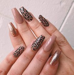 glitter nails designs, glitter nails ombre, glitter nails acrylic, pink and silver glitter nails, glitter… Silver Glitter Nails, Pink Nails, Gel Nails, Coffin Nails, Pink Nail Designs, Acrylic Nail Designs, Glitter Nail Designs, Leopard Nail Designs, Nails Design