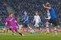 Starker 3:1-Sieg gegen den Bundesligisten - DSC steht im Viertelfinale +++  Arminia wirft Bremen aus dem DFB-Pokal