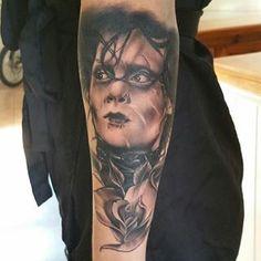 Amazing Edward Scissorhands portrait by @tattoosbyspot