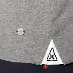 detail on split Camisa Polo, Brand Store, Fashion Details, Shirt Style, Shirt Designs, T Shirt, Menswear, Mens Fashion, Casual