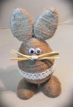 Jute Crafts, Diy Arts And Crafts, Handmade Crafts, Crafts To Make, Easter Egg Crafts, Easter Projects, Bunny Crafts, Crochet Bear, Crochet Motif