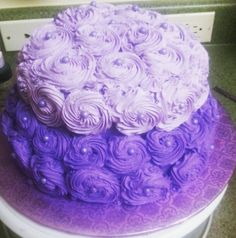 Flowers cake strawberry with cream cheese Jelly, Strawberry, Birthday Cake, Cheese, Cream, Flowers, Desserts, Food, Creme Caramel