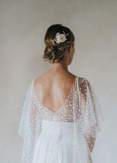 """Peigne de mariée """"Valentine"""" avec rose anglaise fraiche stabilisée et perles"""