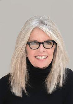 Diane Keaton rocking her white straight hair! Diane Keaton rocking her white straight hair! Grey Hair Over 50, Long Gray Hair, Hair Styles For Women Over 50, Short Hair Styles, Short Hairstyles For Women, Straight Hairstyles, 50 Year Old Hairstyles, Gray Hairstyles, Diane Keaton Hairstyles