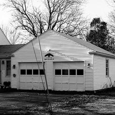 Portland, Maine  #builtlandscape - #Portland #Maine #roadside #exploreusa  #exploreAmerica #bnw #blackandwhite  #bw_society #bnw_captures #bnw_usa #scenesofme #scenesofnewengland #visitme #newenglandphotography #exploreme #daylight #house #garage #visitnewengland #travel #travelgram #ME