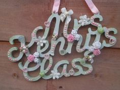 Available to order at www.facebook.com/hayleyshearts Personalised Teacher Gifts £10 plus P&P
