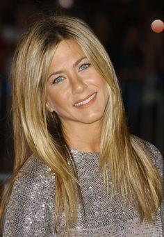Coiffure de star: cheveux de star - Coiffure beauté  - Jennifer Aniston © DR Que s'est il passé sur le tapis rouge des dernières semaines ? Quelle est la tendance capillaire chez les people ? Cliquez… et découvrez...
