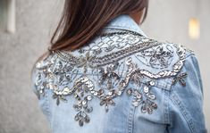 ideas for party clothes jeans denim jackets Denim Fashion, Boho Fashion, Face Fashion, Fashion Fall, Street Fashion, Fashion Beauty, Diy Kleidung Upcycling, Fashion Bubbles, Mode Jeans