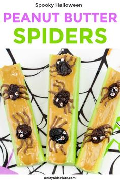 This Halloween spider snack is perfect for kids, toddlers and preschoolers for a party. Peanut butter, celery, chocolate and raisins together make a fun snack or slide into a lunchbox. halloween snacks snacks for toddlers Halloween Spider, Easy Halloween, Halloween Treats, Vintage Halloween, Halloween Party, Fruit Recipes For Kids, Healthy Meals For Kids, Kids Meals, Kid Recipes