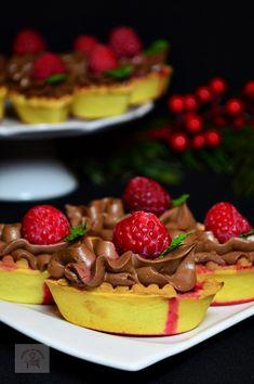 Cupcakes, Waffles, Strawberry, Tea, Baking, Breakfast, Desserts, Food, Tarts