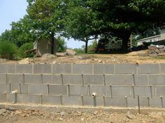 building a cinder block retaining wall google search - Cinder Block Wall Design