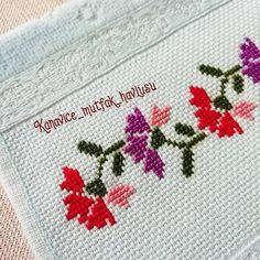 Cross Stitch Bookmarks, Cross Stitch Borders, Cross Stitch Designs, Cross Stitching, Cross Stitch Patterns, Hand Embroidery Design Patterns, Crochet Bedspread, Crewel Embroidery, Filet Crochet
