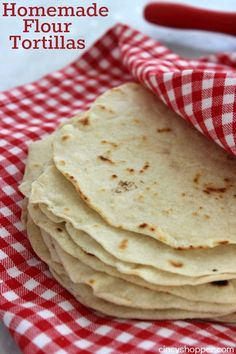 Homemade Flour Tortillas @FoodBlogs