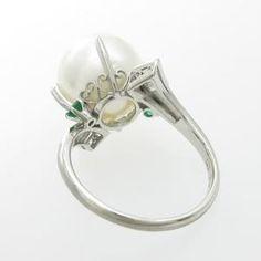 シロチョウパールPM ring (P.12mm), D.0.24ct, E.0.13ct, 幅16mm, 13号、6.9g.