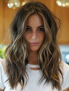 ♥️ Pinterest: DEBORAHPRAHA ♥️ Dying for this hair style!! Messy waves and texturized hair