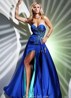 Dazzling A-line Sweetheart Split Side Embroidery Evening Dress