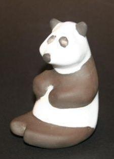 Keramische pandabeer vervaardigd bij cor unum in de jaren '70.