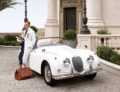 Daisy Buchanan white roadster great gatsby- vintage wedd car