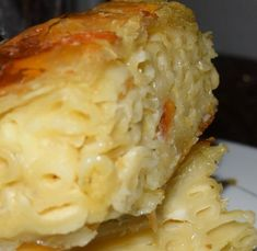 Pasta Pie juste parfait et simple ! Delicious Vegan Recipes, Easy Healthy Recipes, Roasted Vegetable Recipes, Good Food, Yummy Food, Greek Cooking, Greek Dishes, Food Humor, Mediterranean Recipes