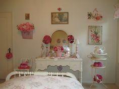 shabby pink bedroom. Cindy Brown Design