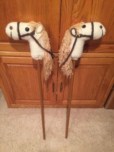These two Hobby Horses are for my two great-grandchildren this Christmas. Was fun making them. The pattern can be found here at Lion Brand site: http://www.lionbrand.com/patterns/50782-2.html