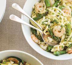 Annabel Langbein Fettucine with Prawns, Asparagus and Mascarpone Recipe