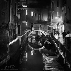 Venezia night by ilias nikoloulis