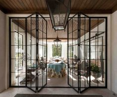 See the light with iron-framed windows This is what I want between kitchen and porch Home Office Table, Home Office Design, Office Images, Office Storage, French Doors, October 14