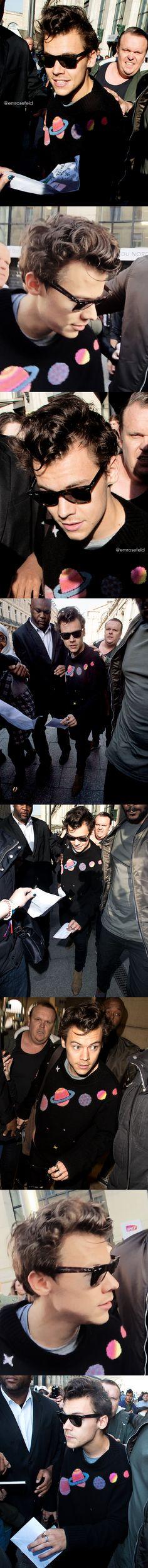 Harry Styles | arriving in Paris 10.25.17 | emrosefeld |