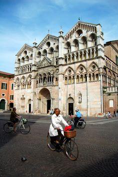 https://flic.kr/p/6oLM7d | Ferrara - Cattedrale