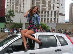 Patricia Zavala en uno de las pruebas de Chica E! Venezuela 2010