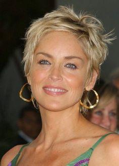 50 Best Hairstyles for Women Over 50 | herinterest.com