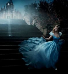 Scarlett Johansson - Annie Leibovitz, Disney Dream Portrait: Scarlett Johansson as Cinderella. Annie Leibovitz s Disney Dream Portraits. Welcome to the MouseInfo Photo Gallery. Disney Usa, Heros Disney, Disney Love, Disney Parks, Disney Pixar, Walt Disney, Cinderella Disney, Disney Princesses, Disney Characters