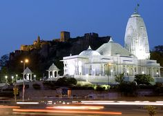 Birla Mandir was built at the foot of Moti Dungri fort during the year 1988, by Birla Group of Industries. The Temple is dedicated to Lord Vishnu (Narayan), the preserver and his consort Lakshmi, the Goddess of wealth. Birla Mandir is constructed in the finest quality of white marble. #Jaipur #Attractions #Temples