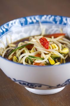 5 ingredient bean sprout soup