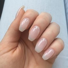 soft nude pink almond nails nails pinterest almond nails almonds and nude. Black Bedroom Furniture Sets. Home Design Ideas
