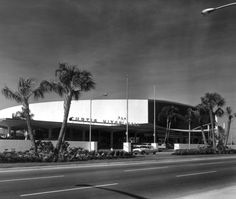 Curtis Hixon Hall, 1965.jpg