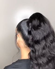 Hairstyle The hair looks thick and healthy, i like this high ponytail to get the same hair weaves 👏🏾👏🏾👏🏾 LINK in the post Hair Ponytail Styles, Slick Ponytail, Black Ponytail Hairstyles, Baddie Hairstyles, Weave Hairstyles, Curly Hair Styles, High Ponytail With Weave, Relaxed Hair Hairstyles, Curly Ponytail Weave