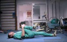 Sig farvel til rygsmerter: Denne simple øvelse lindrer smerten på et øjeblik! Nifty Science, Operation, Lose 40 Pounds, Health Insurance Plans, Waist Workout, Back Exercises, Back Pain Relief, Morning Yoga, For Your Health