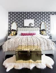 Grey, modern wallpaper in bedroom