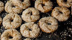Μαλακά, σπιτικά μουστοκούλουρα -Η πεντανόστιμη συνταγή της Ντίνας Νικολάου για το απόλυτο σνακ της εποχής | BOVARY