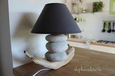 DIY faire une lampe soi-même - Modèle en bois flotté et galets #2 - Stéphanie bricole