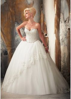 GORGEOUS TULLE SWEETHEART NECKLINE DROPPED WAISTLINE BALL GOWN WEDDING DRESS SEXY LADY LACE FORMAL PROM BRIDESSMAID