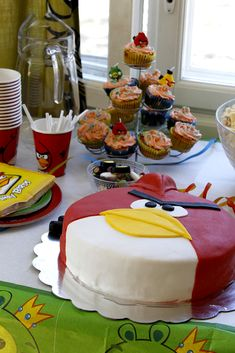We planned angry birds birthday partys for my six year old son. Angry Birds, Cake, Birthday, Party, Desserts, Food, Tailgate Desserts, Birthdays, Deserts