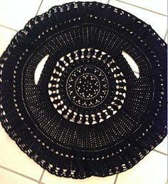 Ravelry: Crochet circle jacket pattern by Lynne Sears