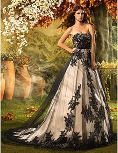 A-line/Princess Strapless Court Train Lace Wedding Dress - USD $ 499.99 This is gorgeous!!!