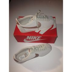 88f44fa1050e Nike Sneaker günstig kaufen   Second Hand   Mädchenflohmarkt